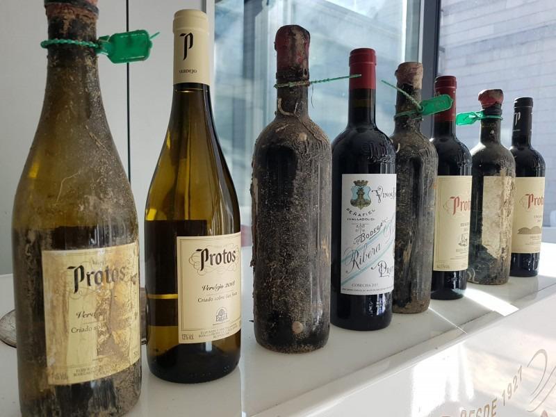 Protos cata sus primeros vinos submarinos