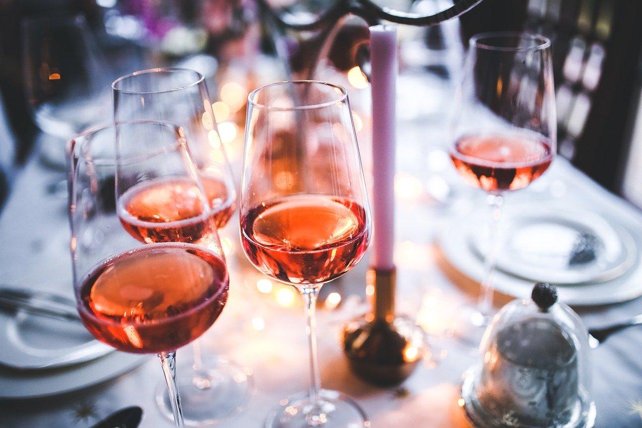 Vuelve la moda de los vinos rosados