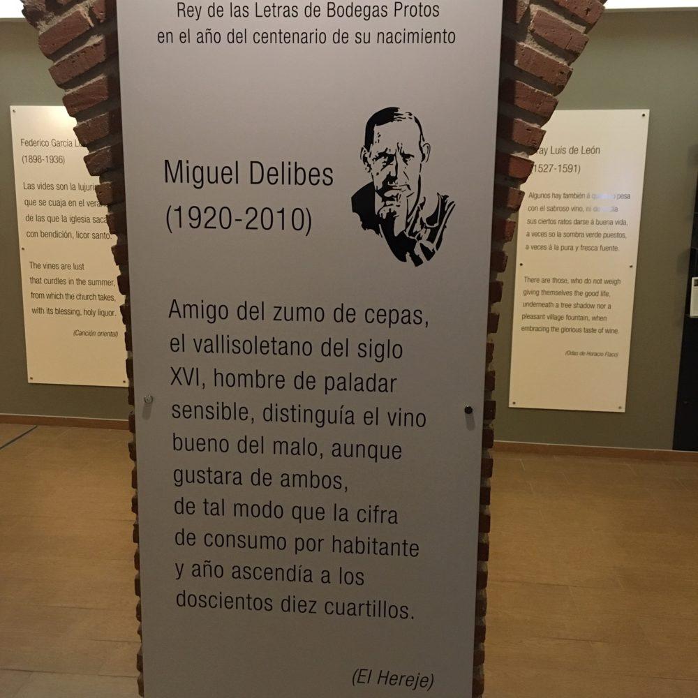 Bodegas Protos corona a Delibes como 'Rey de las Letras'