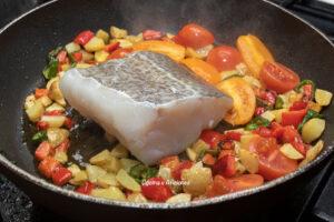 cocinar-el-bacalao-en-las-verduras